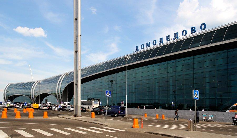 Неменее половины рейсов задержаны в столичных аэропортах из-за урагана