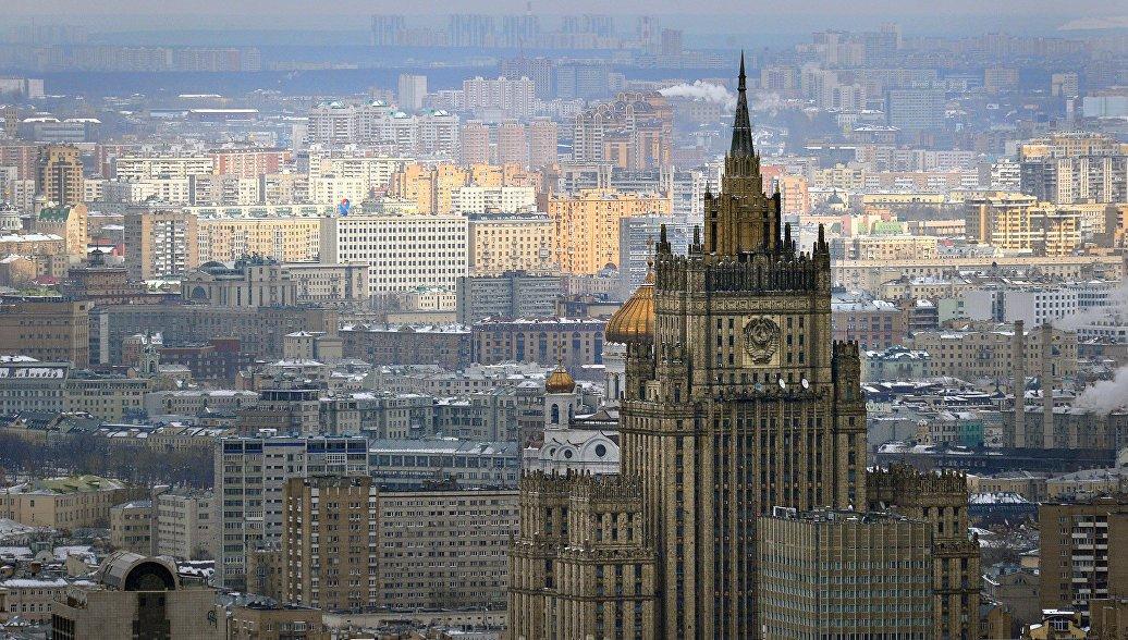 Власти Эстонии предписали консулам РФ Дмитрию Казеннову иАндрею Сургаеву покинуть страну