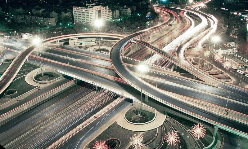 Собянин открыл участок Калужского шоссе после реконструкции