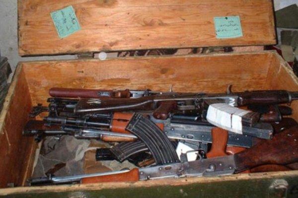 Бойцы ВСУ незаконно продавали оружие из Донбасса мирным жителям