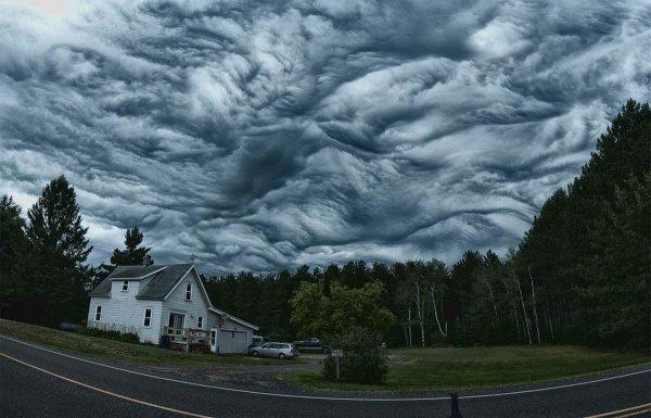 Ученые зафиксировали «адские» облака