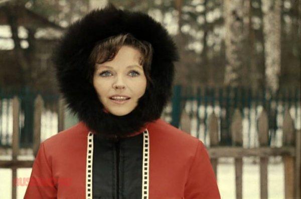 Тяжело больной Наталье Фатеевой помогает Бари Алибасов