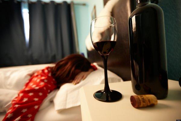 Ученые узнали, почему алкоголь вызывает чувство сонливости