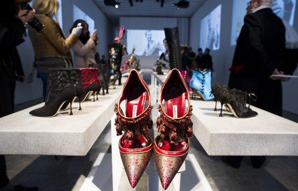 Дизайнер обуви Маноло Бланик проводит выставку в Эрмитаже