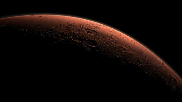Ученые обнаружили на поверхности Марса разрушительные смерчеобразные ветра