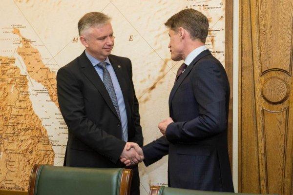 Губернатор Сахалинской области и председатель Дальневосточного Сбербанка обсудили перспективы сотрудничества
