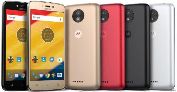 Motorola представила дешевые смартфоны Moto C и Moto C Plus