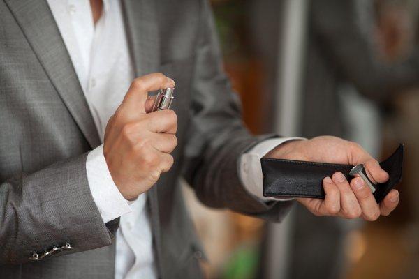 Эксперты рассказали, как мужской парфюм влияет на женщин