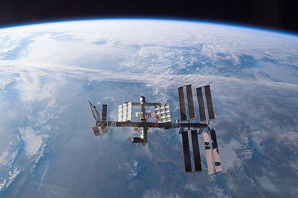 Высота МКС откорректирована астронавтами на 350 метров