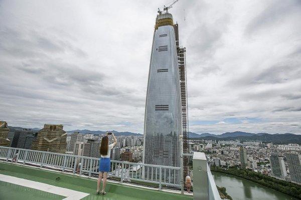 Солнечные панели монтируют на небоскребе в Южной Корее