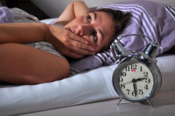 Бессонная ночь сопоставима с сотрясением мозга - Ученые
