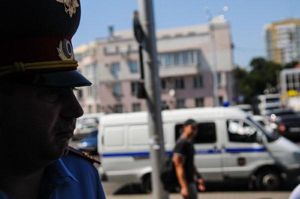 """Полиция задержала в Москве  читающего """"Гамлета"""" 9-летнего мальчика"""