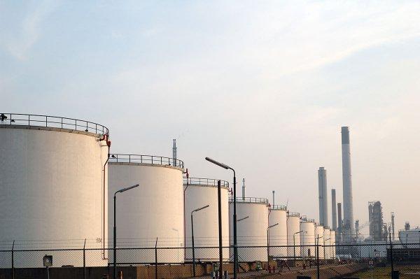 Трамп хочет продать половину нефтяных запасов США