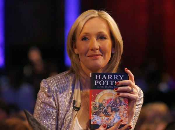 Джоан Роулинг дописала сценарий для продолжения «Фантастических тварей»