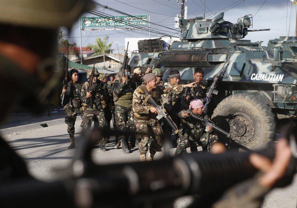 В итоге неверного авиаудара погибли 10 военнослужащих Филиппин