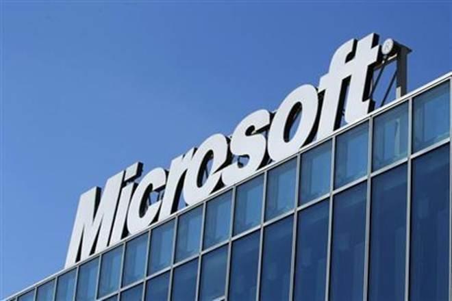 Microsoft переманивает пользователей Google бонусами