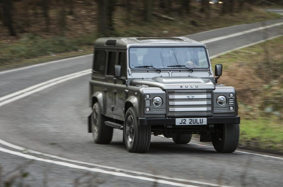 Ленд-Ровер Defender получит экологичный мотор от Форд FocusRS