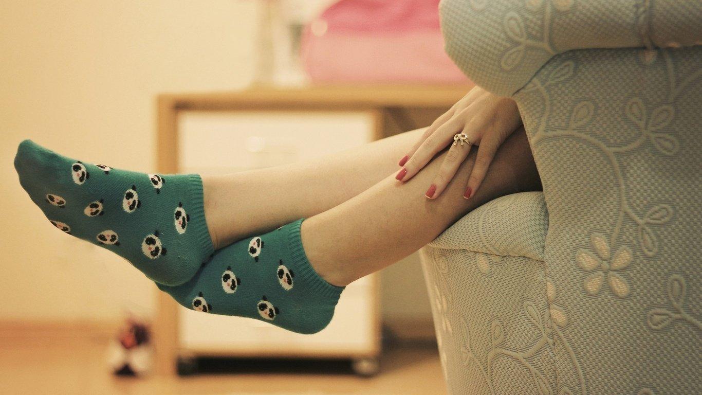 Ноги девушки фото в носочках