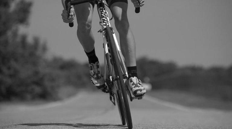 Велосипедист насмерть сбил ребенка
