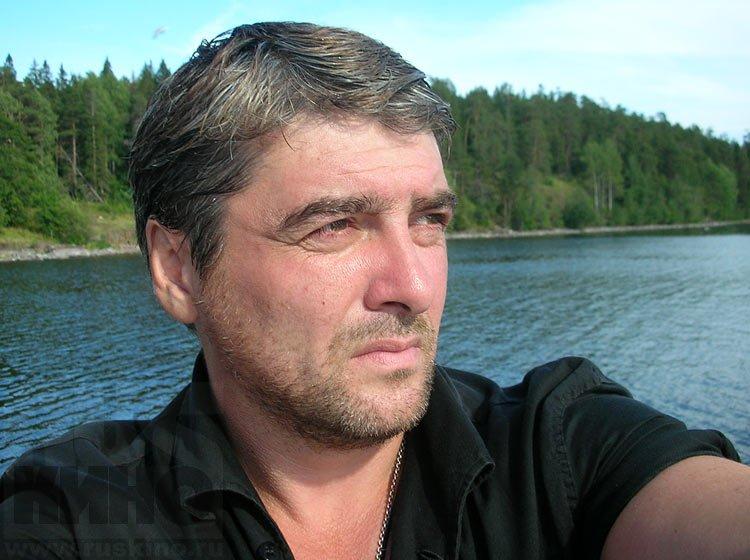 ВПетербурге артист из«Улиц разбитых фонарей» получил поголове зазамечание