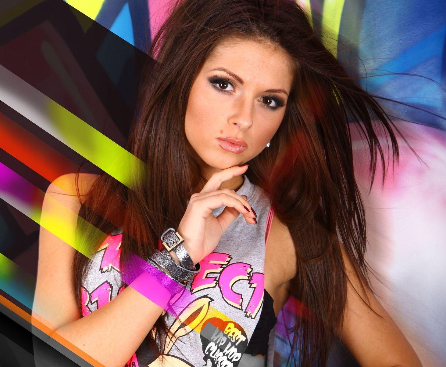 Нюша удивила фанатов эротическим танцем всети интернет