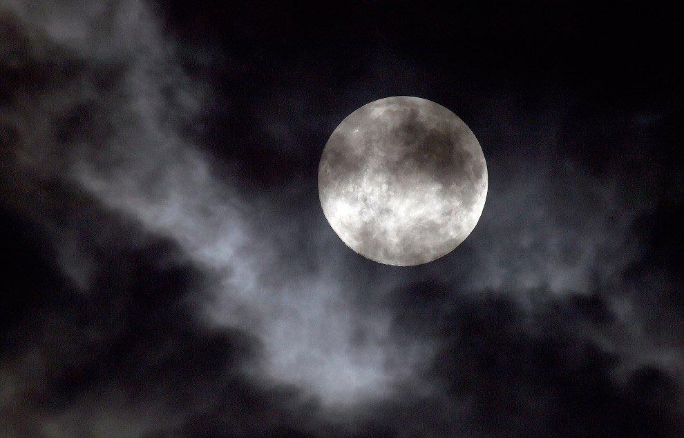 Вдревности уЗемли было два спутника— Астрономы