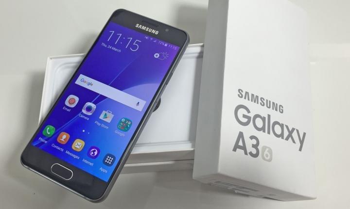 Самсунг обновит Galaxy A3 до андроид 7.0 Nougat