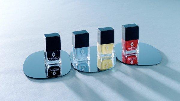 Лак для ногтей от Рено несомненно поможет маскировать царапины наавтомобиле
