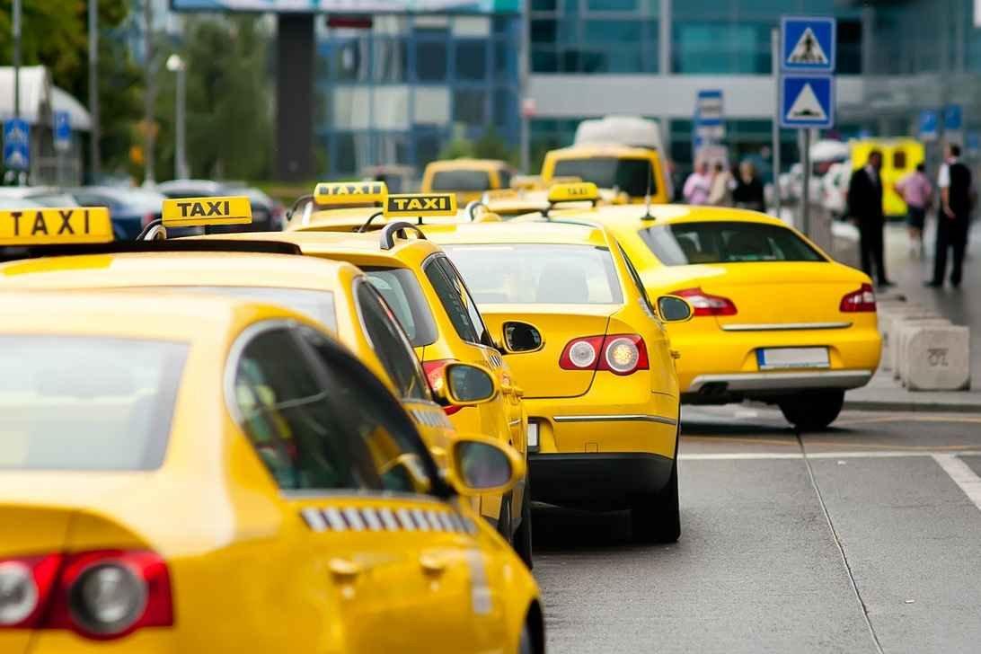 Кубанские народные избранники хотят ограничить кЧМ-2018 Uber иЯндекс.Такси 145