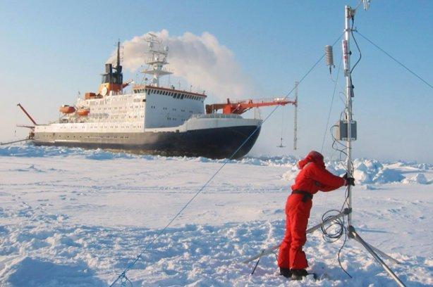 РФ нужно закрепляться вАрктике— Путин