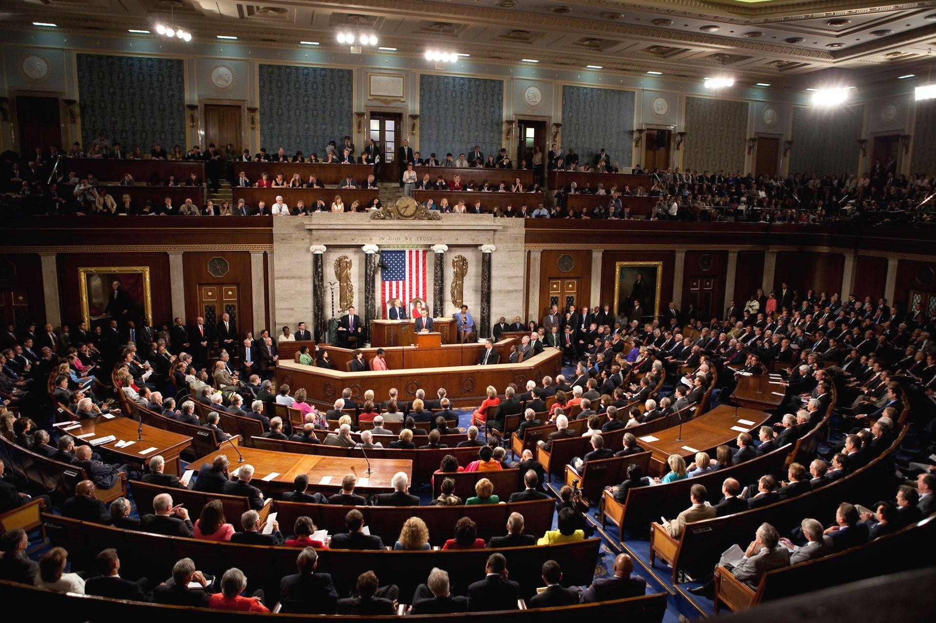 Сенат США одобрил законодательный проект орасширении санкций вотношении РФ