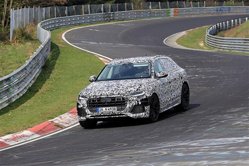Новый кроссовер Audi Q8 заснят на тестах на Нюрбургринге