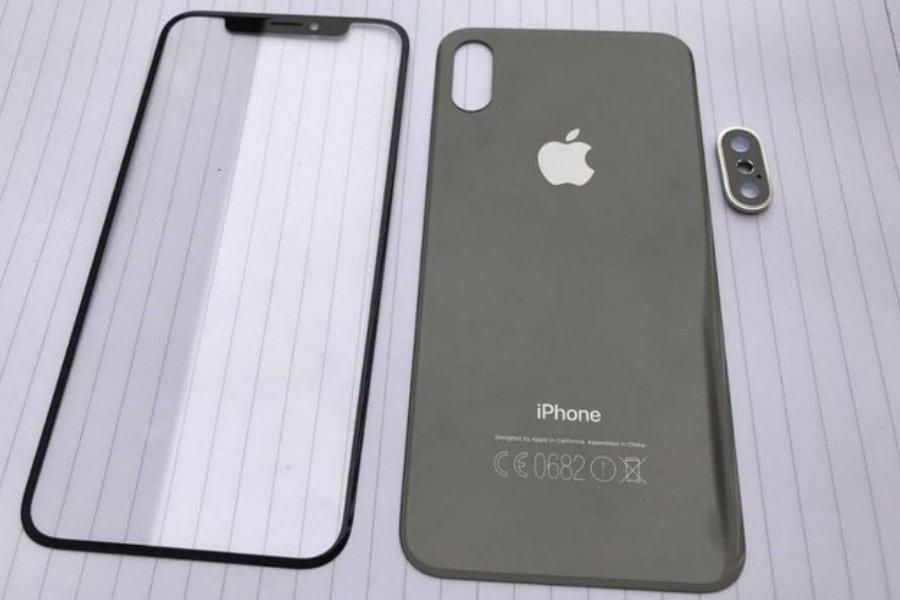 Шпионам удалось запечатлеть переднюю изаднюю панели iPhone 8