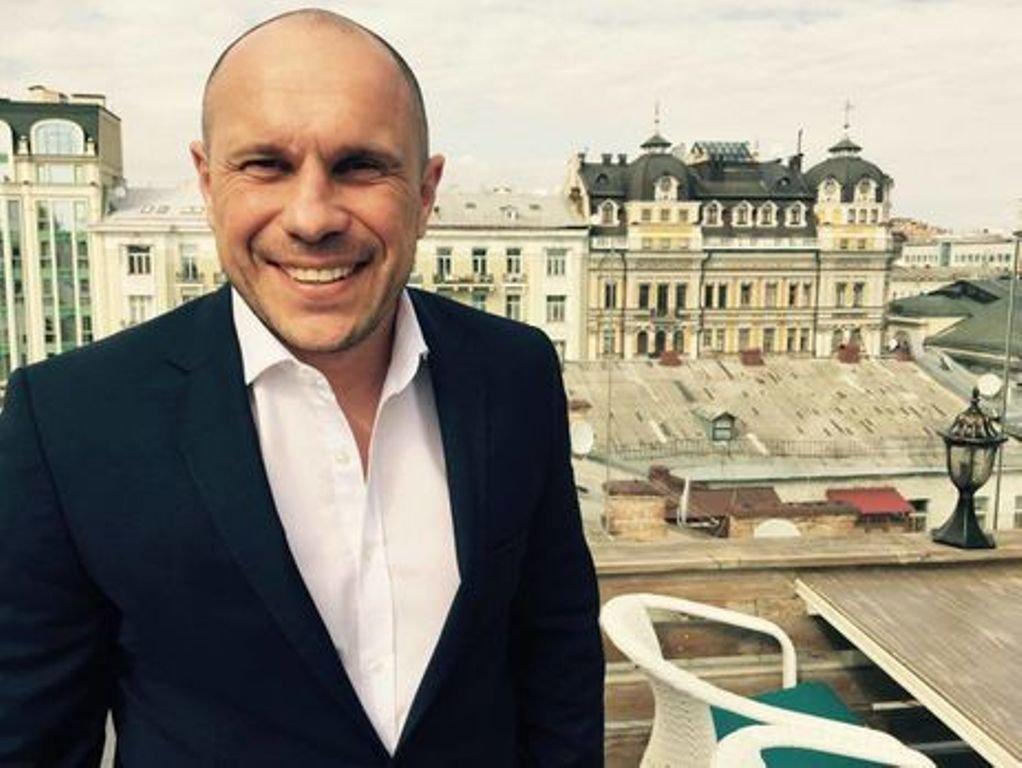Советник Авакова обнародовал всоцсети Инстаграм  фото нафоне женских ягодиц