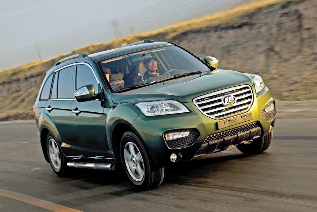 Впервые за 11 месяцев продажи китайских машин в РФ показали рост