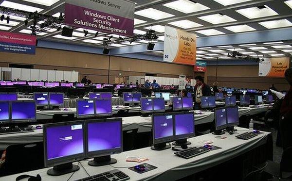 Microsoft создаст инкубатор стартапов в Париже