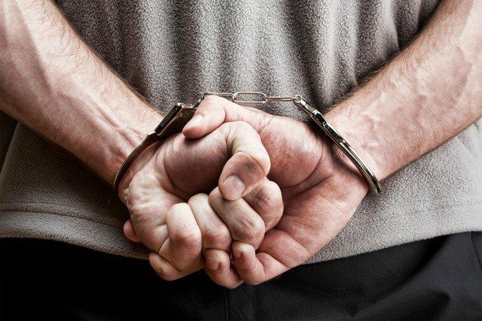 Милиция поймала мужчину, нападавшего наженщин вНевском районе