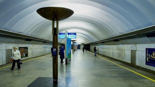 Станция метро «Обухово» закрыта для пассажиров. Уже открыта