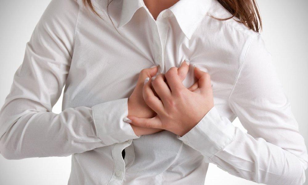 Генетики пояснили необычную связь между сексом и заболеваниями сердца
