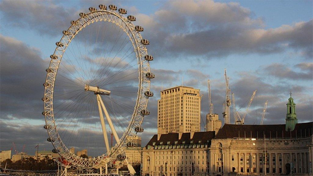 Пирс «Лондонский глаз» эвакуирован из-за бомбы 2-ой мировой войны