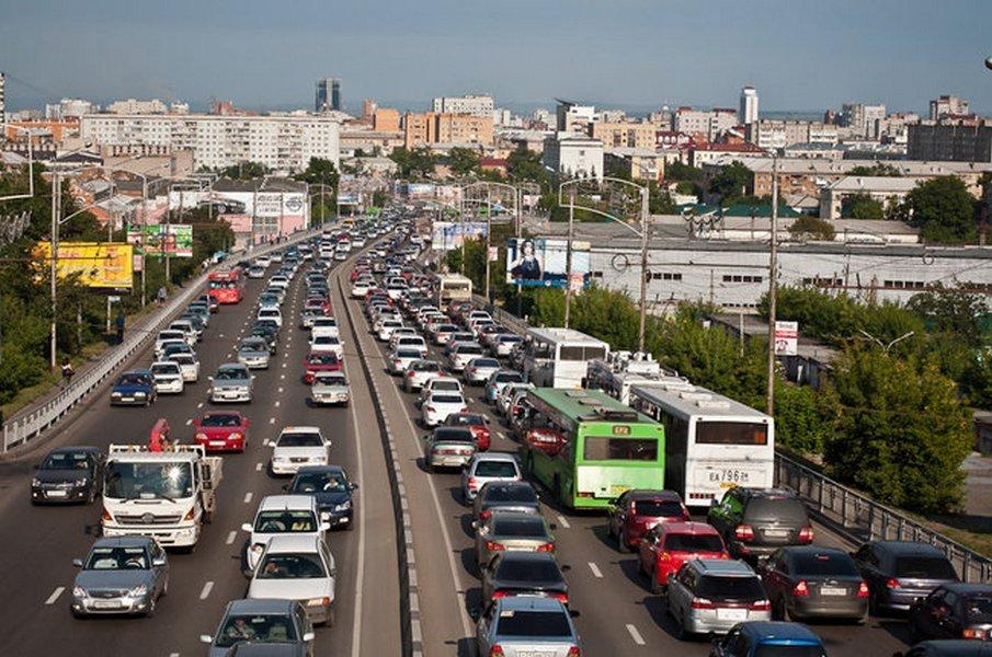 Количество авто вКрасноярске в прошлом 2016г. уменьшилось