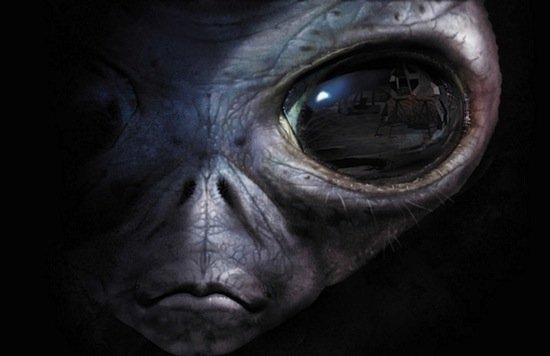 Уфологи увидели наМарсе окаменелые останки инопланетянина
