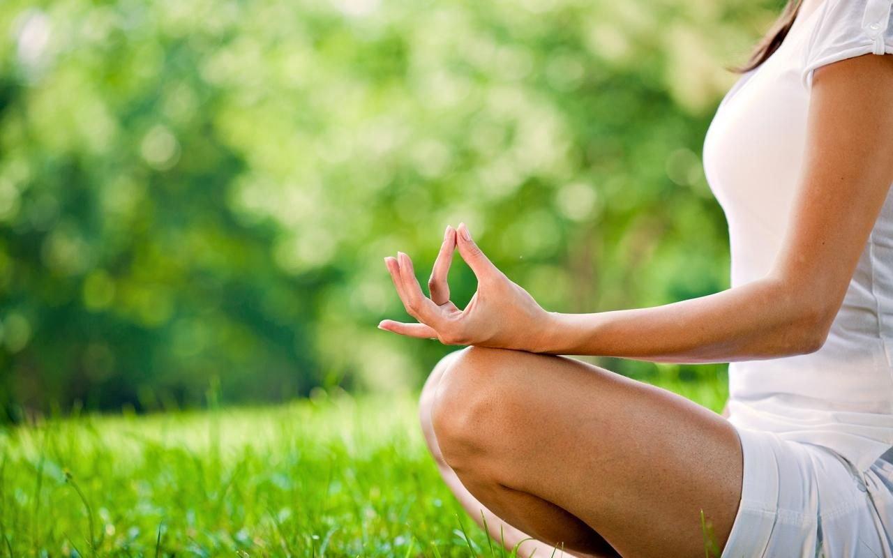 Ломает кости ипричиняет боль: ученые доказали вред йоги