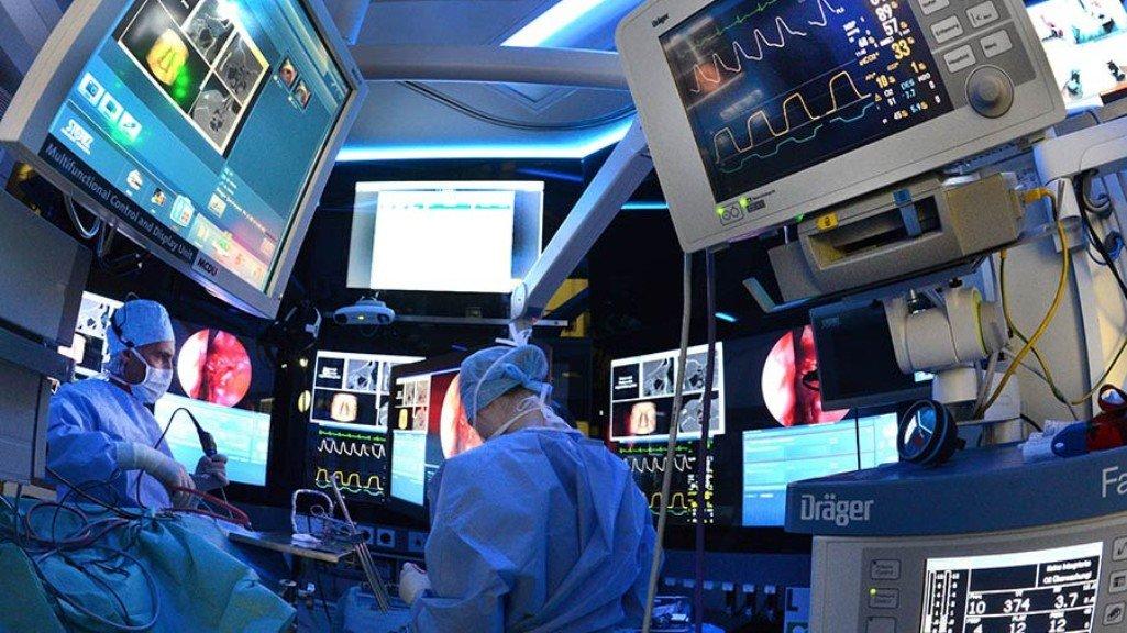 Чилийские хирурги смотрели матч Кубка конфедераций вКазани вовремя операции