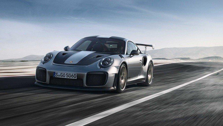 Представлен самый хардкорный Porsche 911 GT2 RS
