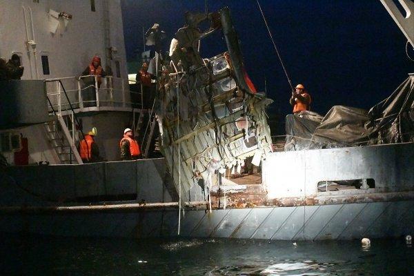 В Минобороны назвали возможную причину крушения Т-154 над Черным морем