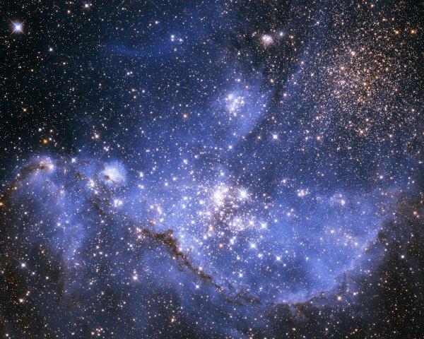 Астрономы из США назвали возраст самой древней звезды