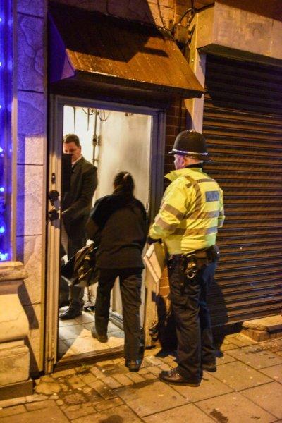 После двух терактов в Лондоне госпитализированы 20 человек, двое погибли