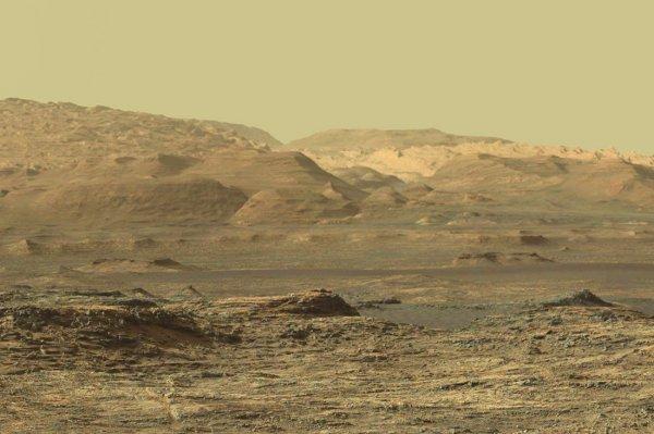 Ученые считают кратер Гейла доказательством ранней жизни на Марсе