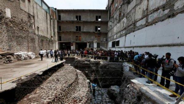 В Мексике раскопали стадион с останками принесённых в жертву игроков